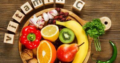 Nên ăn các thực phẩm giàu Vitamin C sau khi tiêm vắc xin covid19